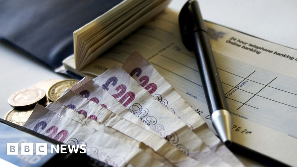 Bank cheques to be cleared within a day - BBC News