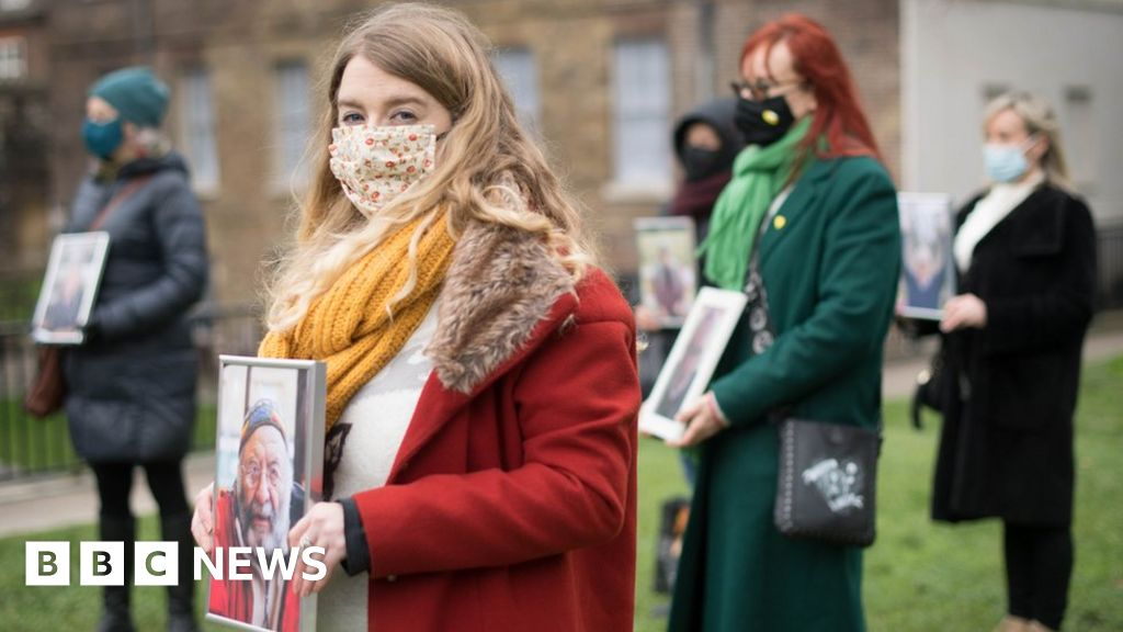 Covid-19: Bereaved families disappointed by government response to inquiry