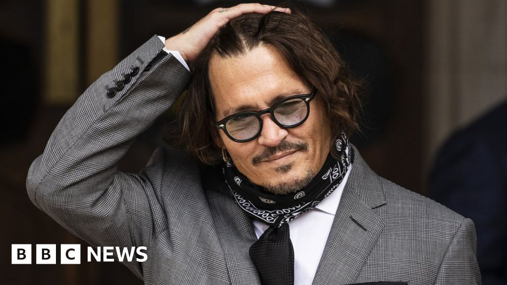 Johnny Depp and Amber Heard: She was 'the abuser', says Depp's ex-PA
