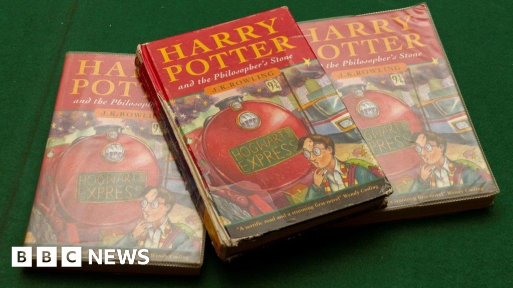 Harry Potter first edition took place in a skip sold for £33,000
