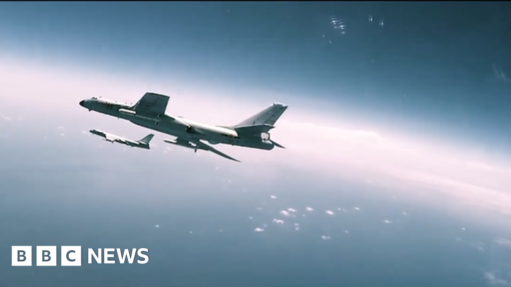 Hollywood activity clips seen in China airforce movie