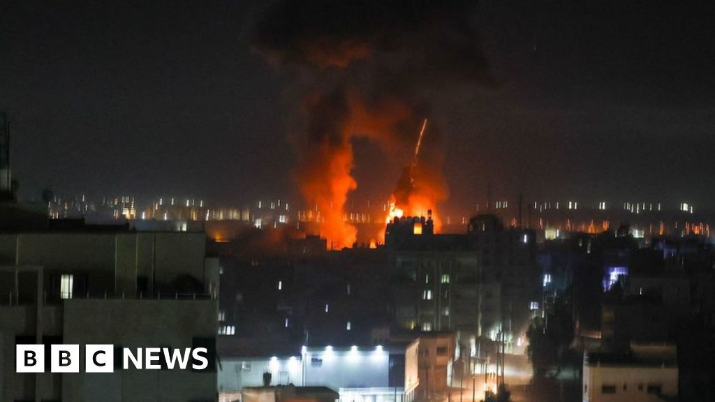 Israel strikes in Gaza after arson attacks – BBC News