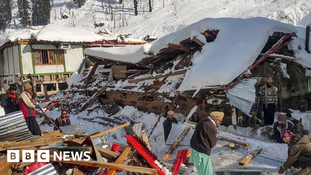 Kashmir avalanches and landslides leave 62 people dead