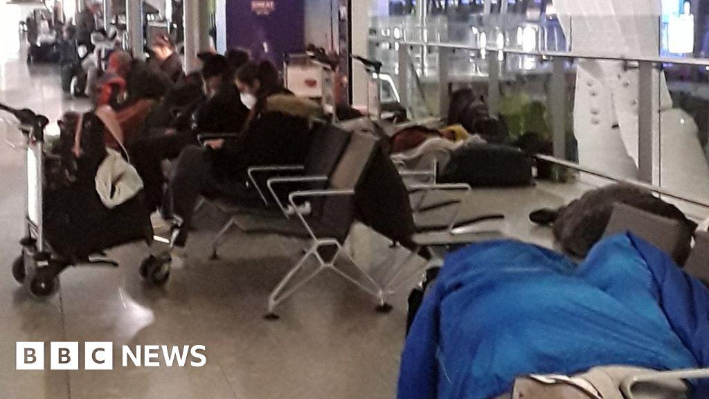 Coronavirus: Heathrow Airport mountain at the end of  200 people