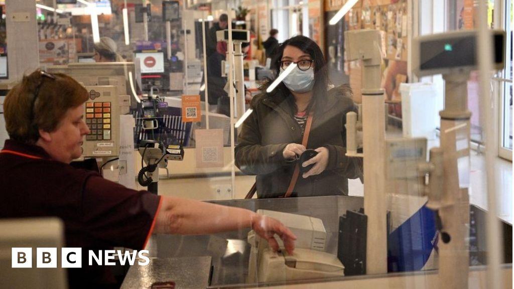 Coronavirus: Firms warn of shop-screen plastic shortag thumbnail