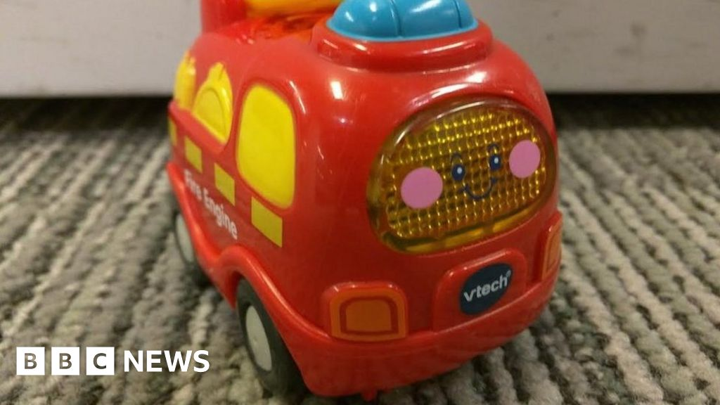 Five million customers affected by Vtech database hack - BBC