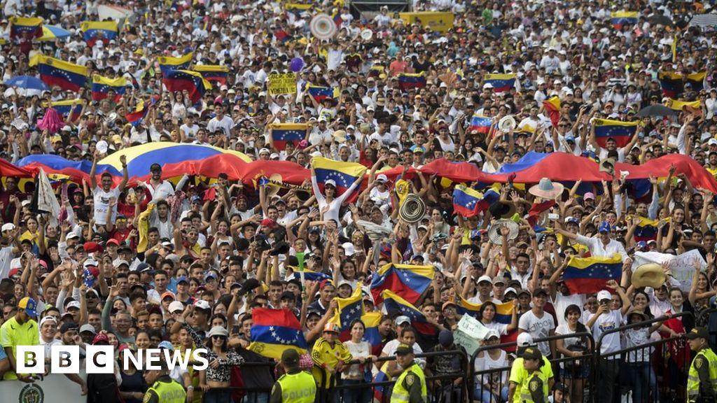 Venezuela crisis: Rival border concerts as aid row continues