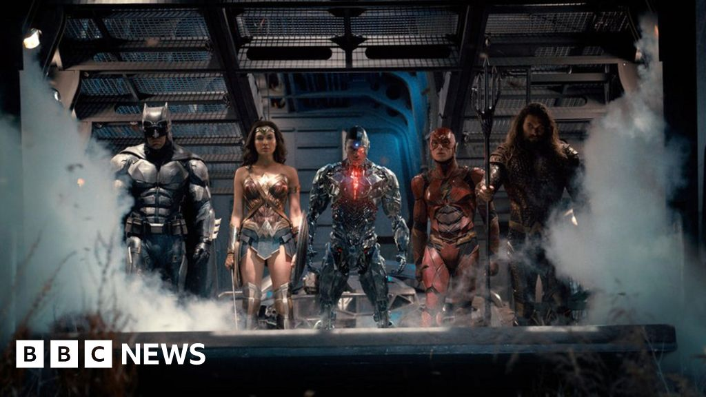 Justice League: Stars call for the #SnyderCut