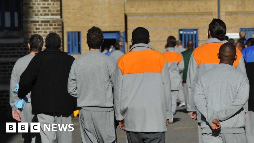 Minorities suggests in jail for drug trafficking, study