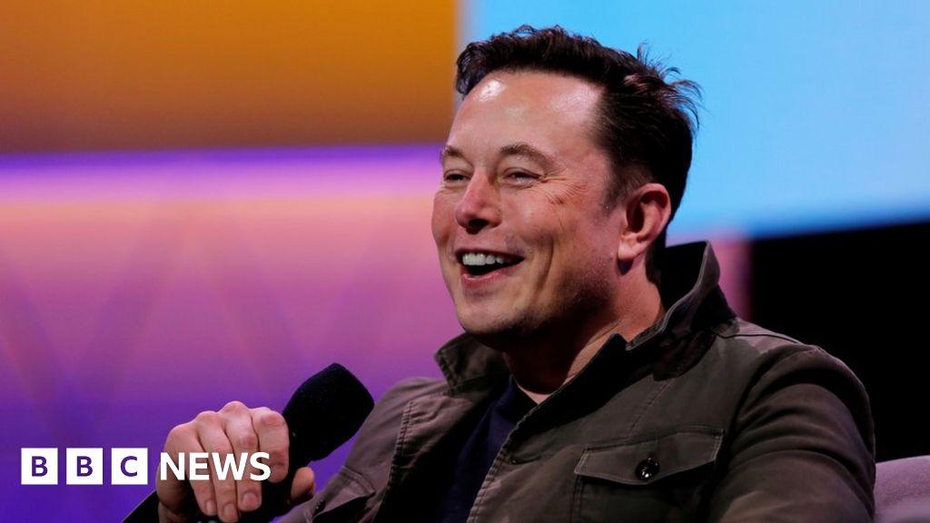 Elon Musk reveals he has Asperger's on Saturday Night Live