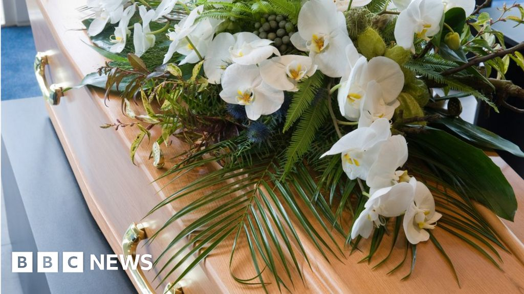 , Families 'struggling to pay for funerals', Saubio Making Wealth