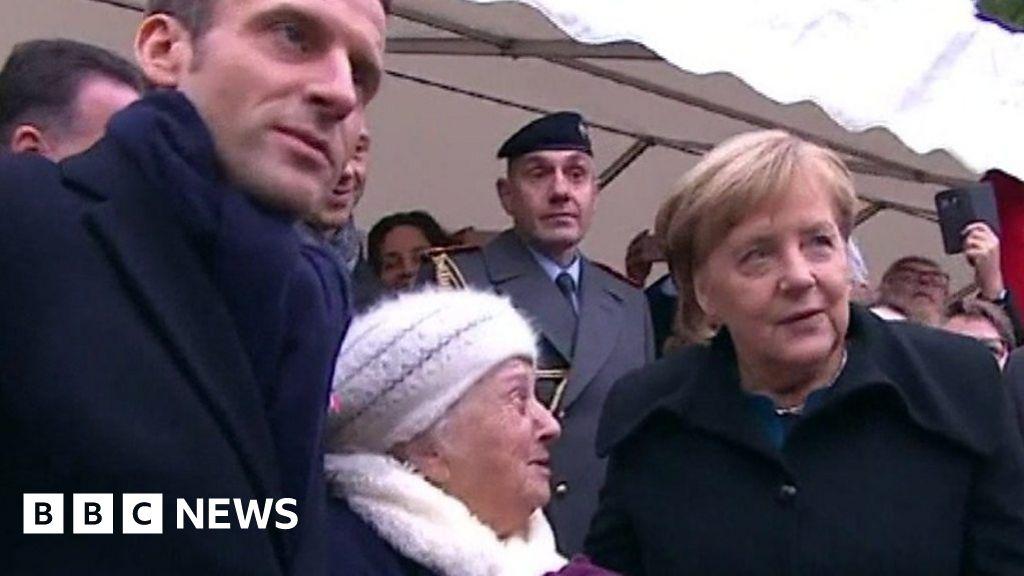 Merkel mistaken for Macron's wife thumbnail