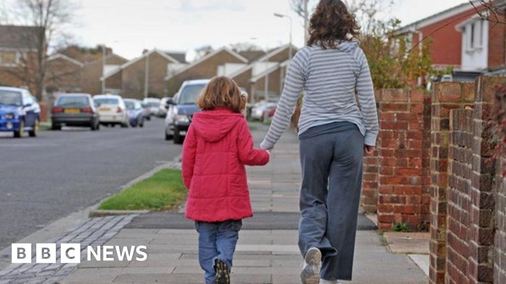 How Ex Partners Avoid Paying Child Maintenance Bbc News