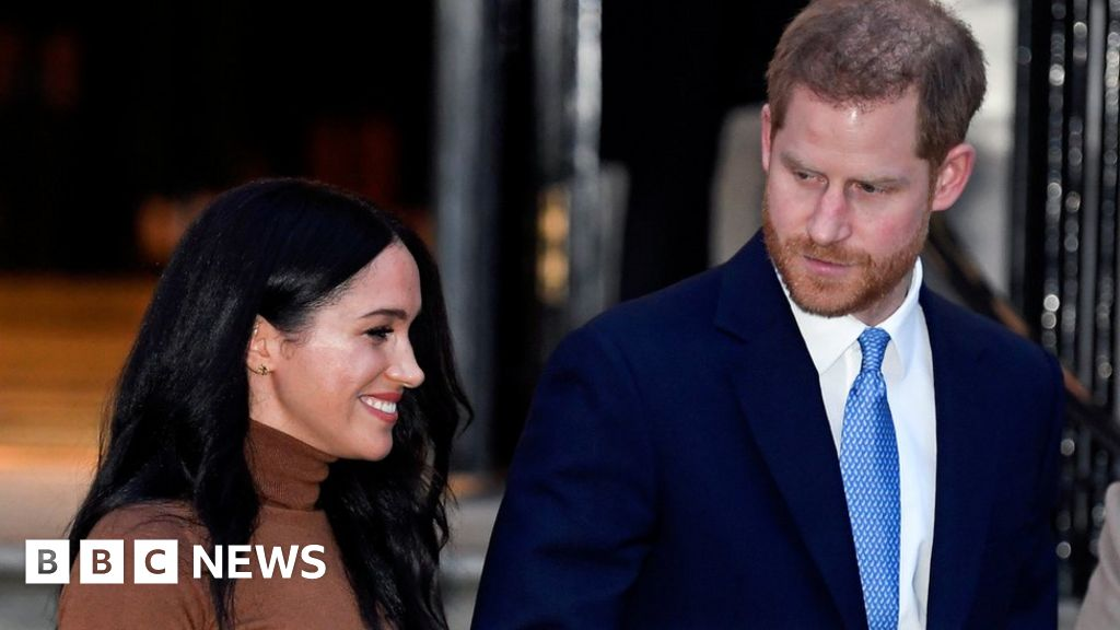 Headlines: Queen gives  72-fix-hour period rift