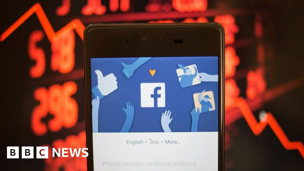 Facebook Denies Seeking Users' Bank Data
