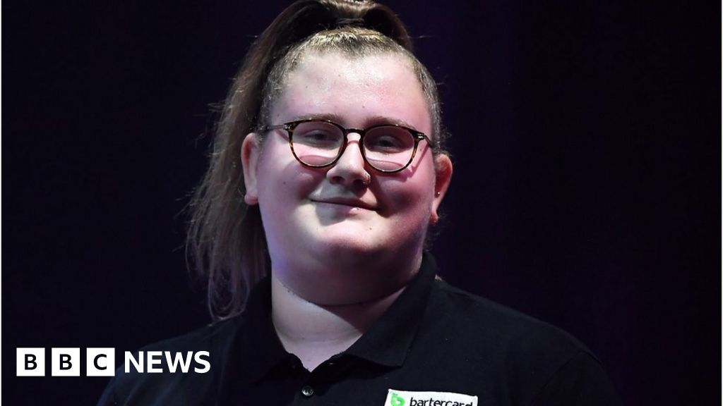 Beau Greaves:  people think women can t play Darts. But we can