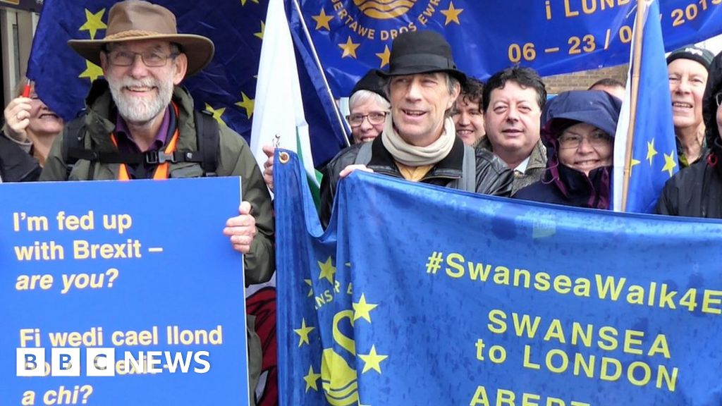 Remainer walks 200 miles to Brexit protest