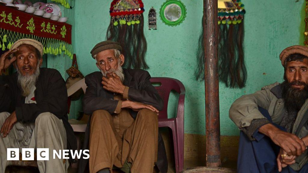 Badeshi: Only three people speak this 'extinct' language