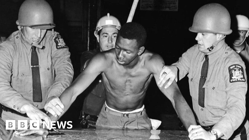 George Floyd: How the USA's history has shaped today's police brutality - BBC News