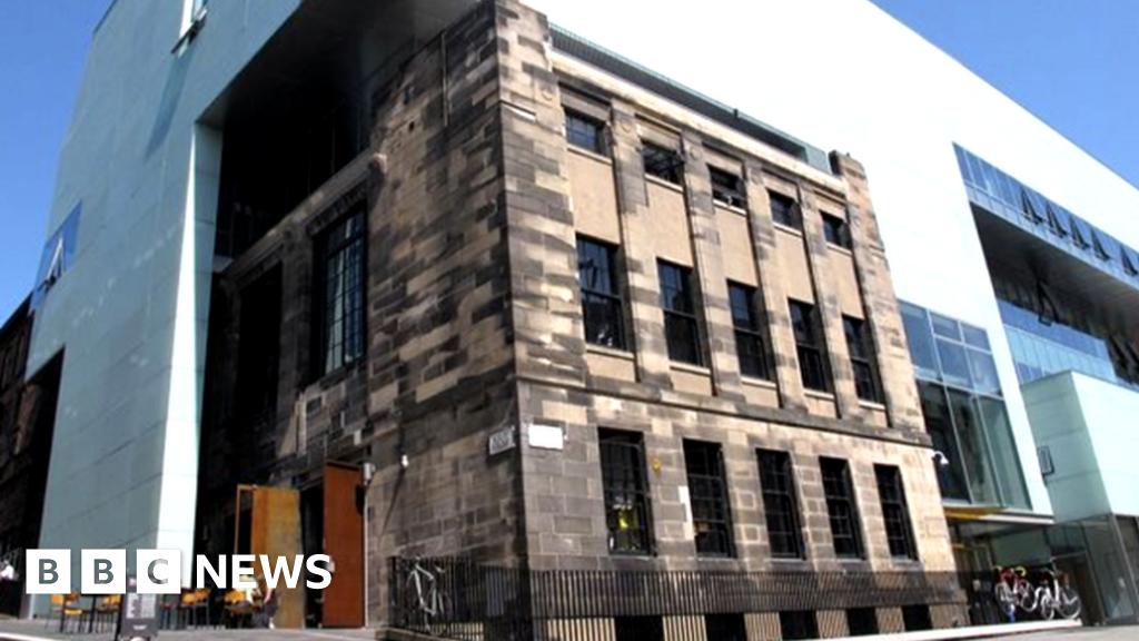 Glasgow School Of Art Bar And Club Staff Made Redundant Bbc News