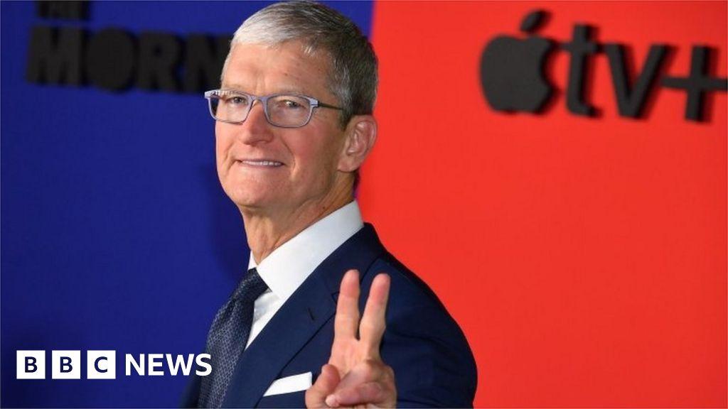 Apple accused of 'hostile' app fee policies thumbnail