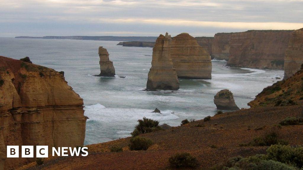 australian-father-and-son-lifesavers-drown-in-tourist-rescue-bid