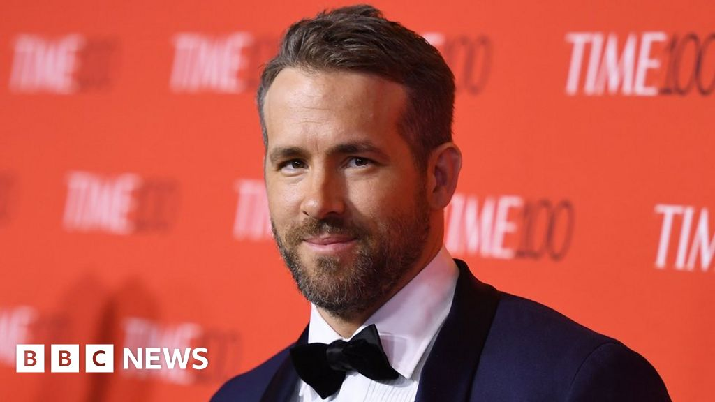 Ryan Reynolds admits ongoing struggles with anxiety - BBC News