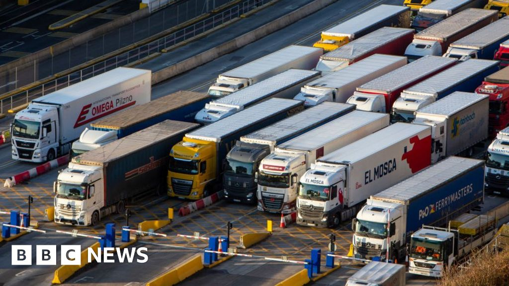 Brexit freight system 'will be ready on time' thumbnail