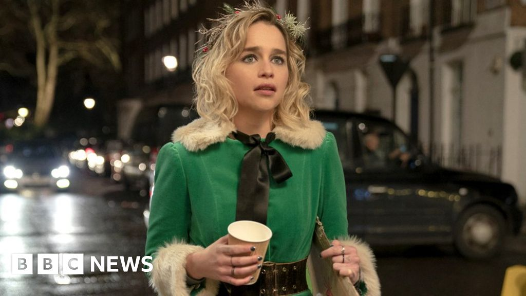 Emilia Clarke and Emma Thompson on Last Christmas and reading reviews - BBC News