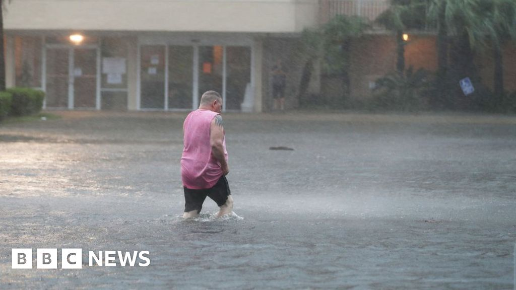'Catastrophic flooding' as Hurricane Sally hits US