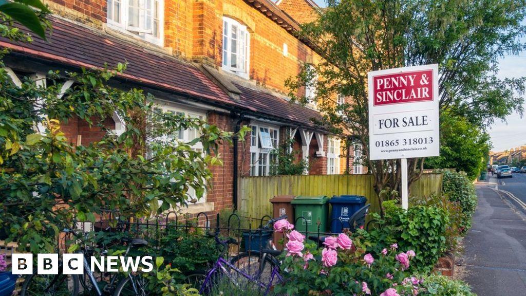 , Average UK home costs more than £250,000, says Halifax, Saubio Making Wealth
