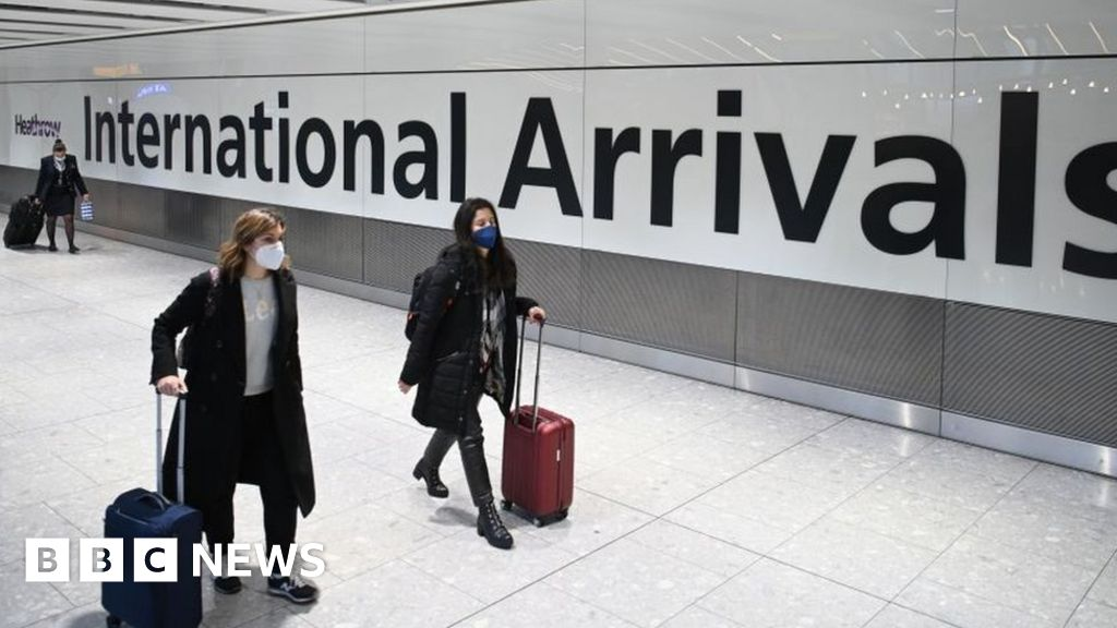 Covid: UK to close all travel corridors from Monday