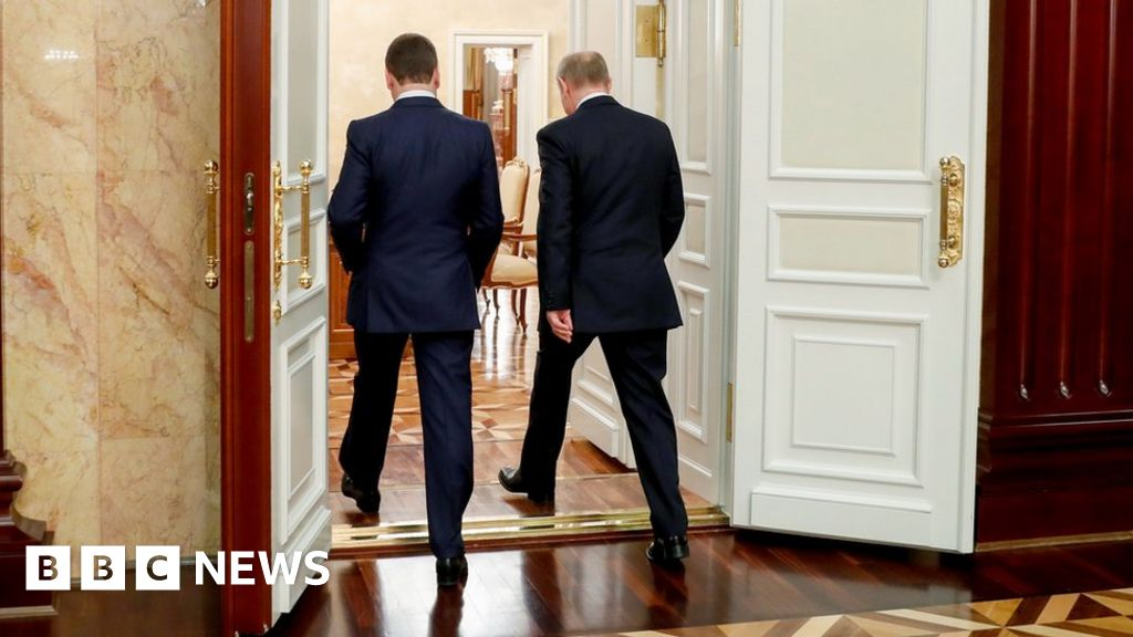 What Is Russia S Putin Up To Bbc News
