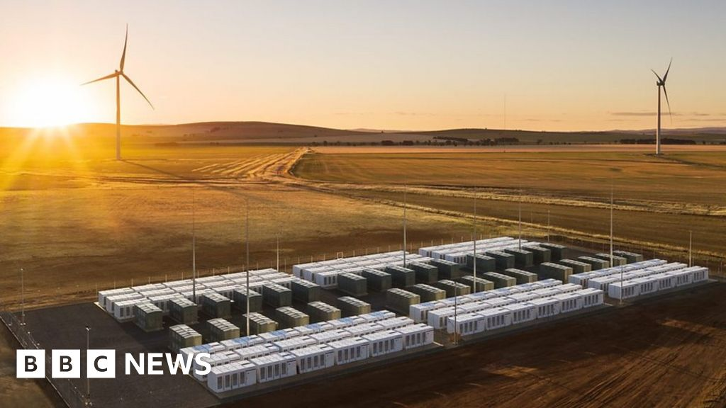 Bildergebnis für World's biggest battery: a look around Tesla project