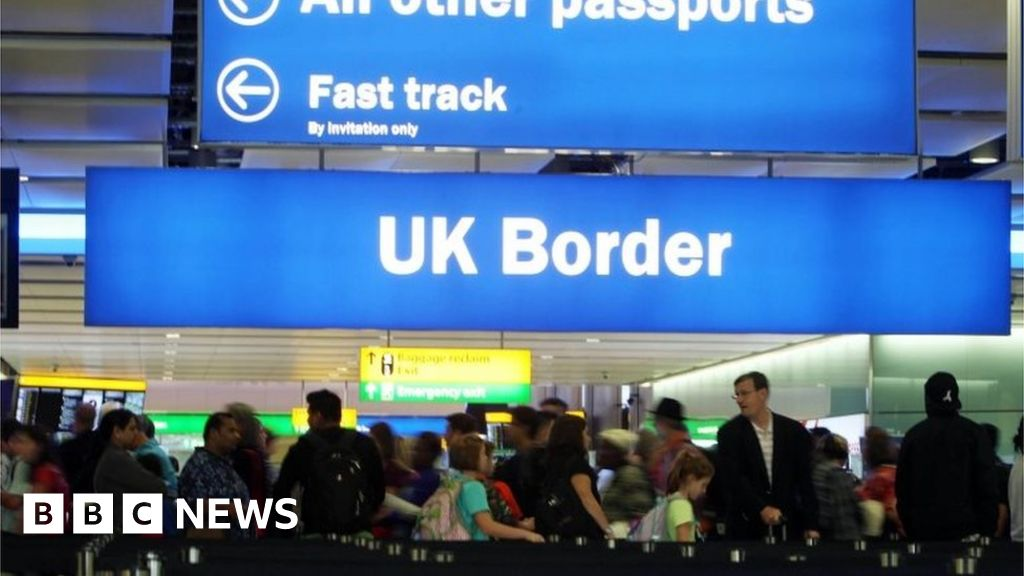 British EU exit: There will be no automatic deportation for EU citizens - No 10