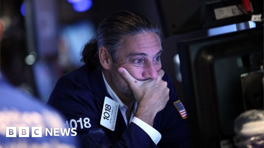 Share markets tumble as recession fears grow thumbnail