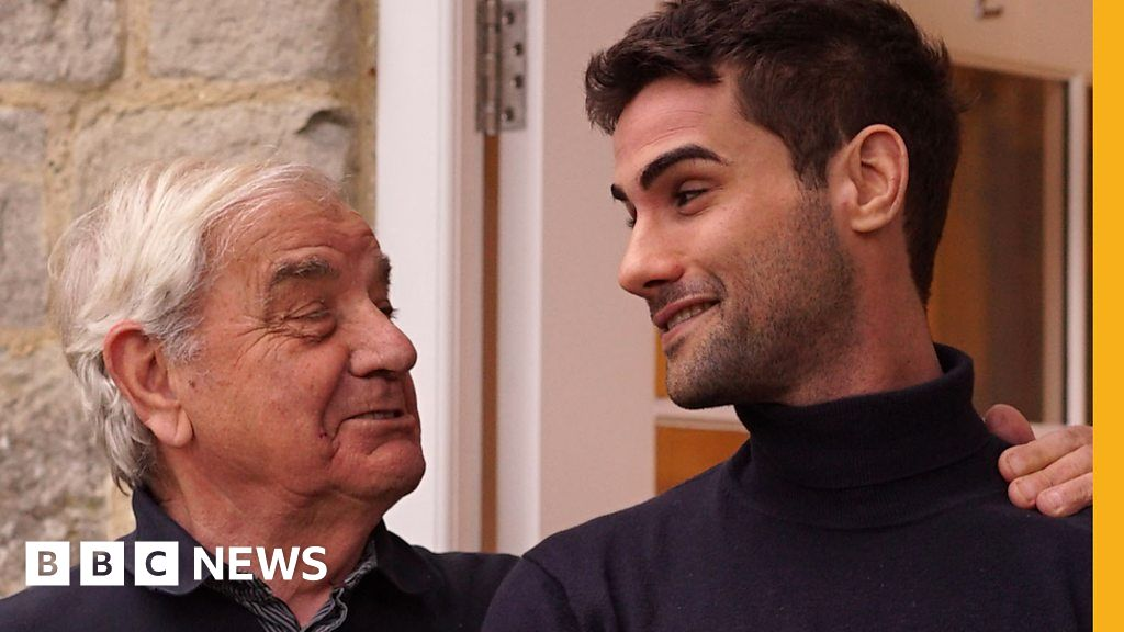 How We Found A Way To Cope With My Granddad S Dementia Bbc News