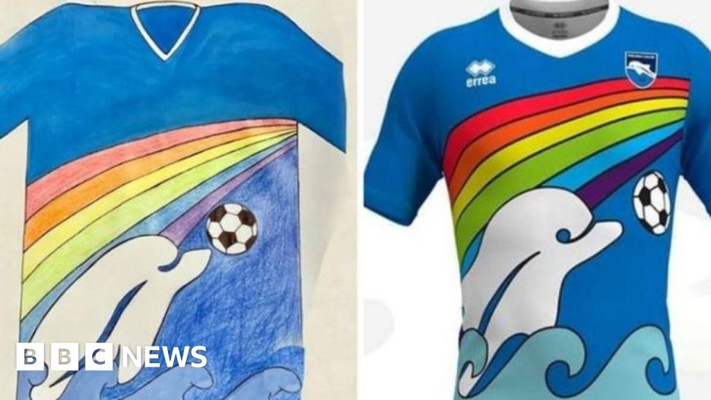 Pescara football club takes Italian boys-shirt design