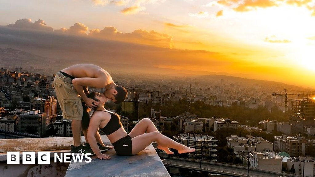 Iranian Parkour athlete arrested over a rooftop kiss - BBC News