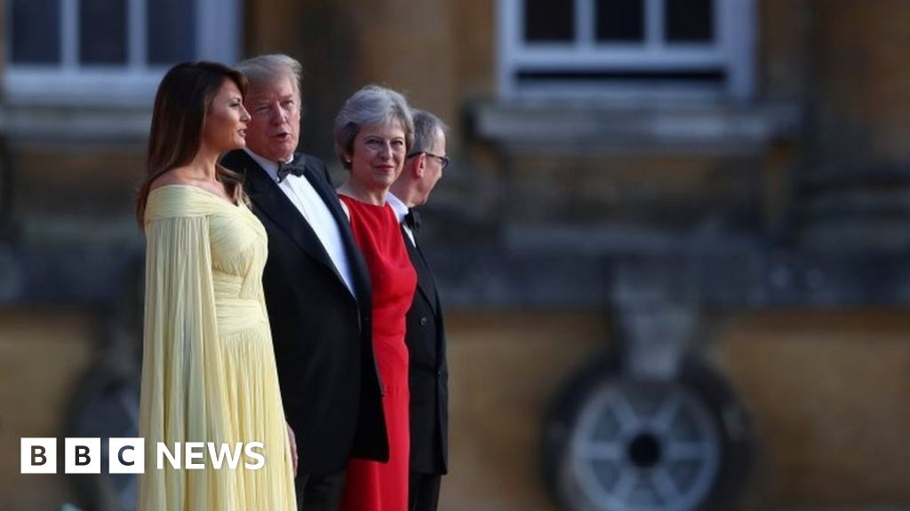 Trump and May meet for black-tie dinner