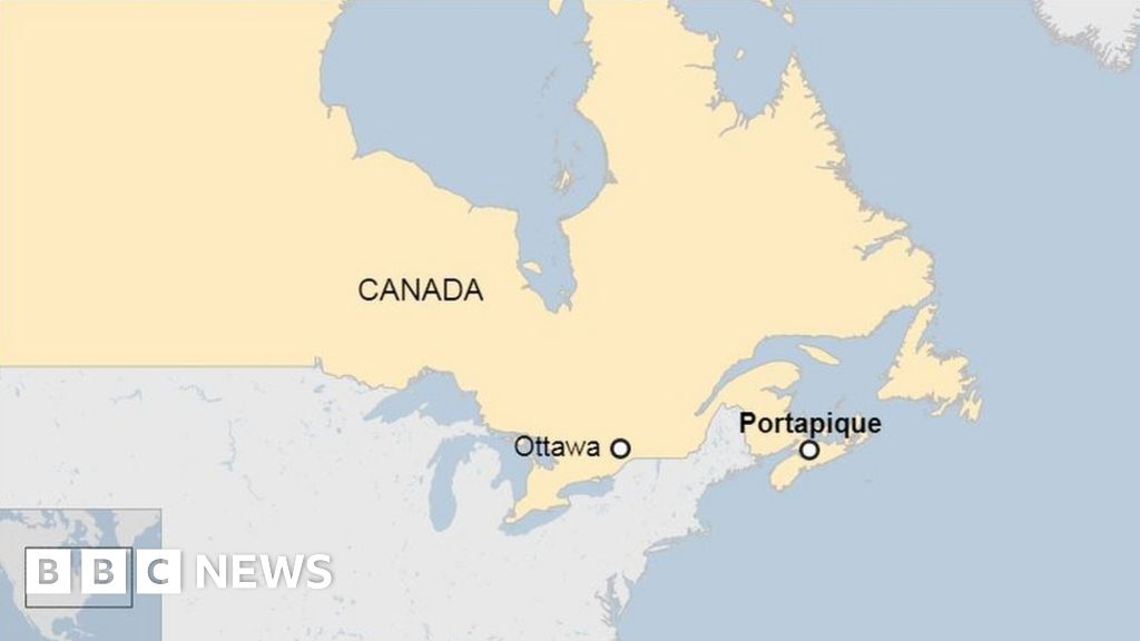 """Canada shooting: Nova Scotia gunman  arrested as police officers"""""""