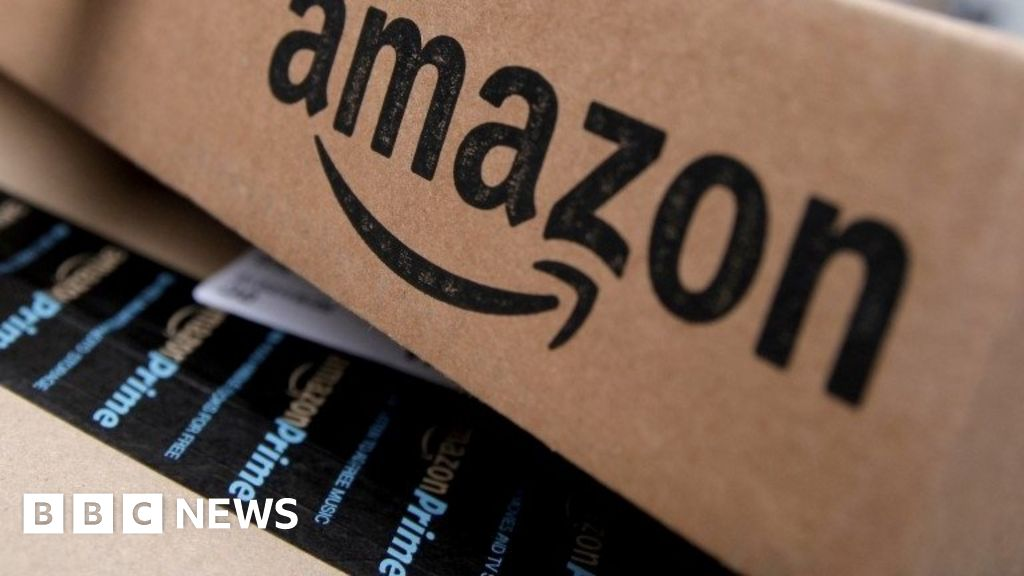 Fake Amazon reviews 'being sold in bulk' online