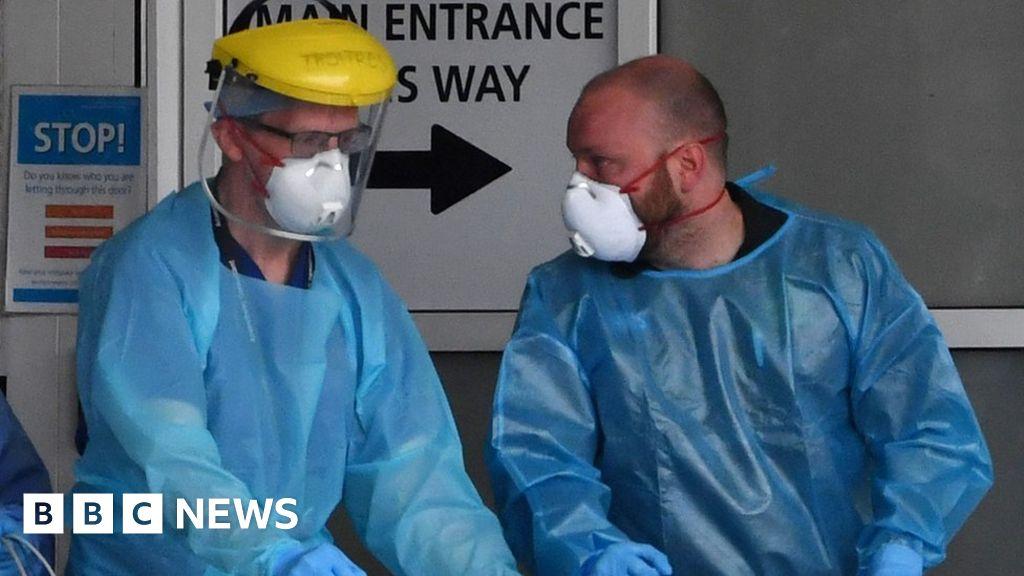 Coronavirus: Nurses write to health minister for PPE clarity thumbnail