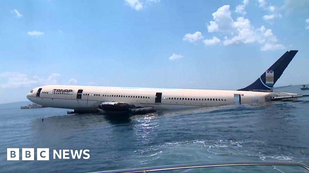 Turkish Airbus plane sunk for diving tourism thumbnail