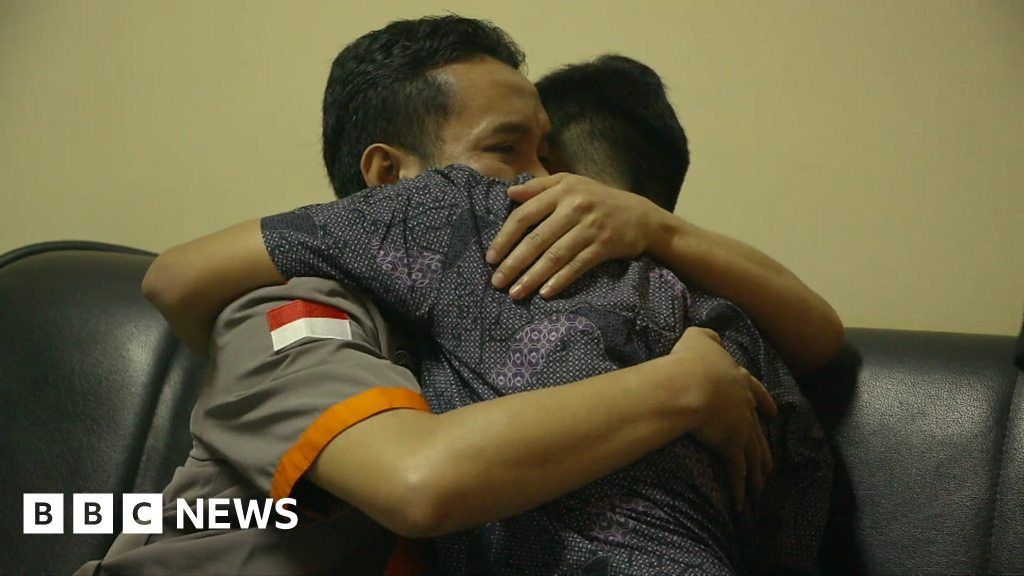'Meeting the bomber who killed my father'