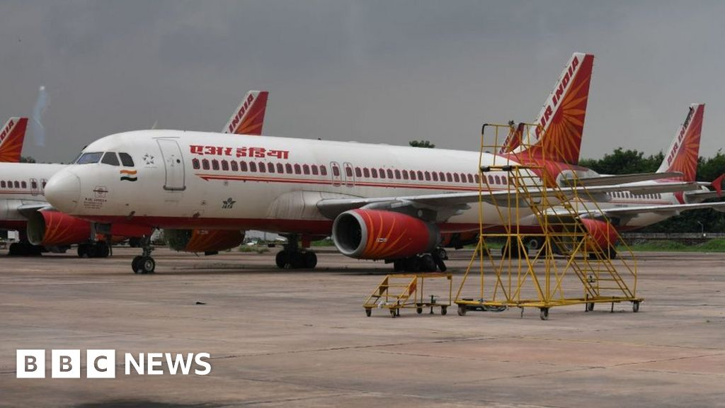 Pakistan reopens airspace after India standoff