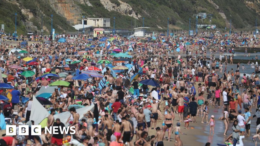 UK weather: Sun safety warning as UV level tipped to soar thumbnail