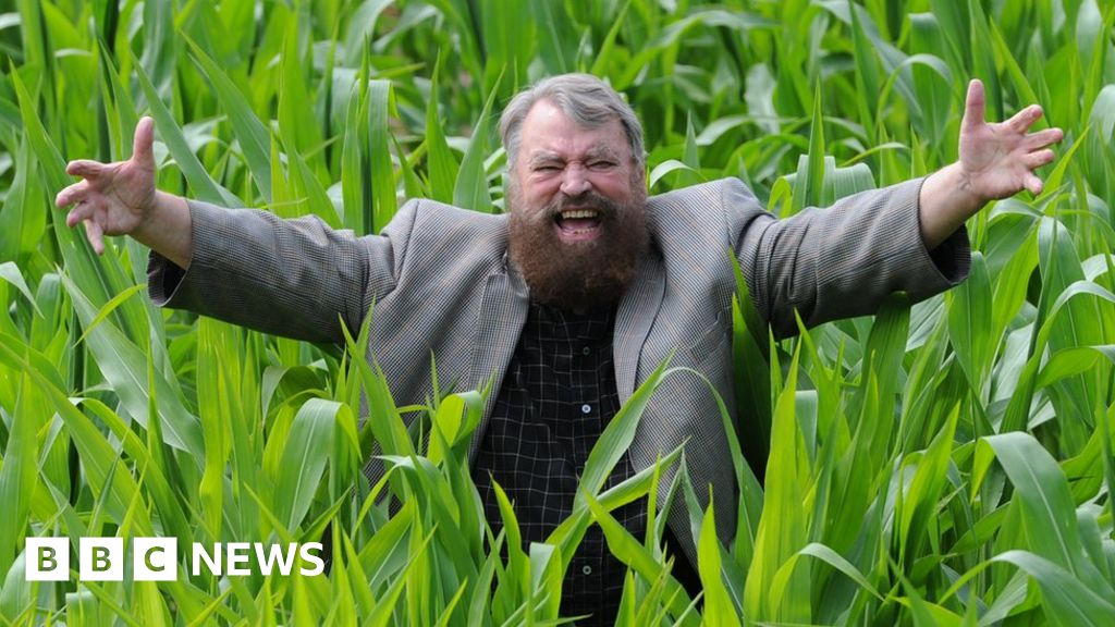 Brian Blessed I Delivered A Baby In A Park In The 1960s Bbc News