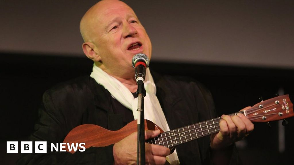 Neil Innes: Monty Python-songwriter dies at the age of 75 years