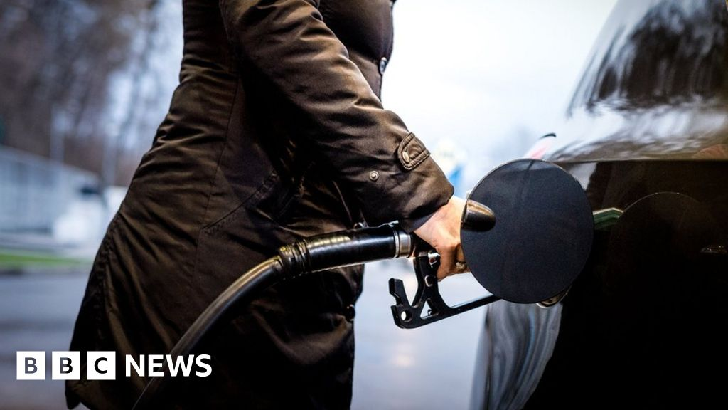 Diesel cars: Why are sales falling? - BBC News